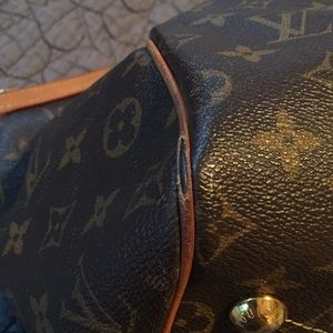 Louis Vuitton Bags - Louis Vuitton Trivoli GM Satchel
